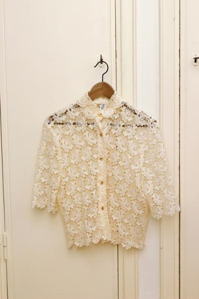 Secondhand, vintage lace blouse, kierrätysvaate, pitsipaita