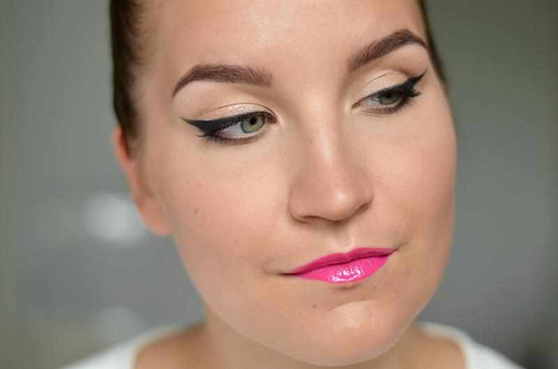 eyeliner ohjeet.jpg