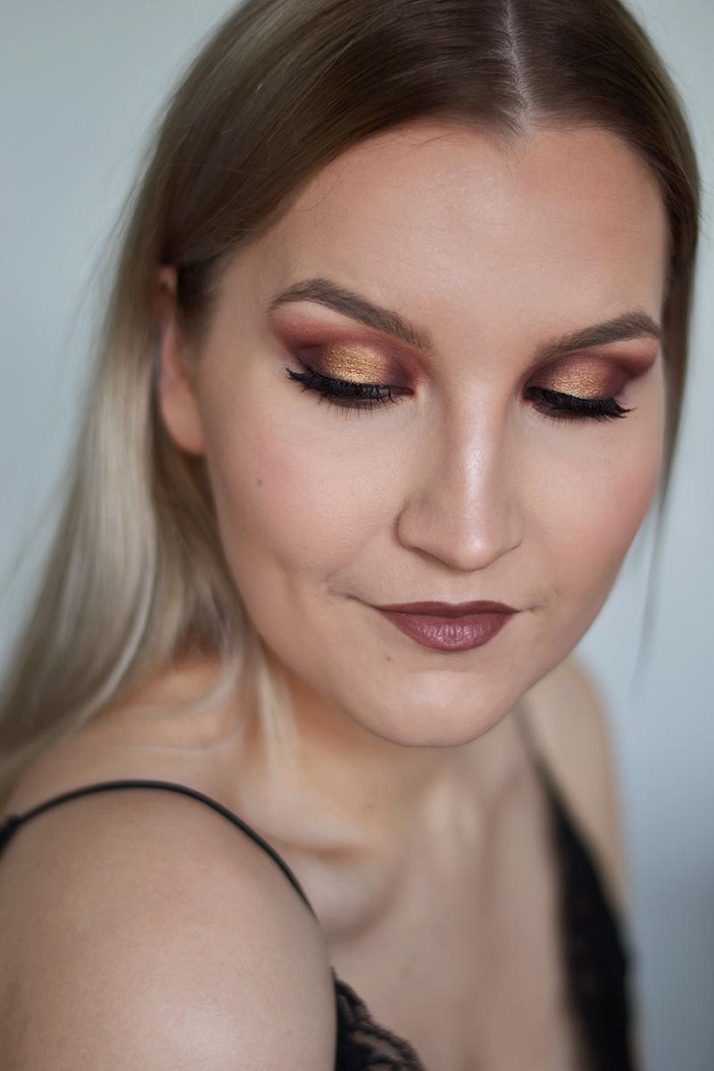 olivia culpo golden globe makeup 1.jpg