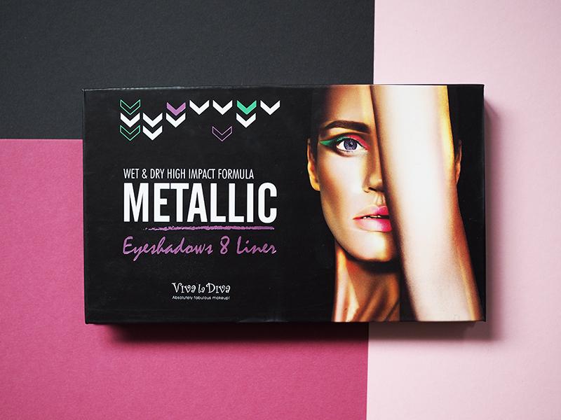 viva la diva Metallic Eyeshadow Liner.jpg