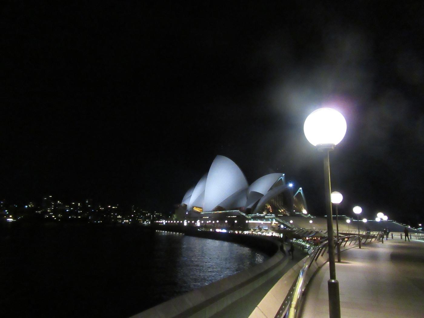 Rahalätinää: Australia vs. Uusi-Seelanti working holidaylla