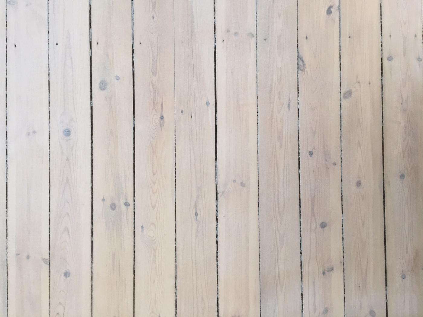 Kurkistus uuteen lattiaan