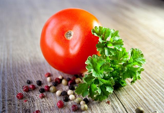 tomato-663097_640.jpg