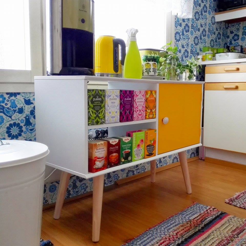 värikäs keittiö k.jpg