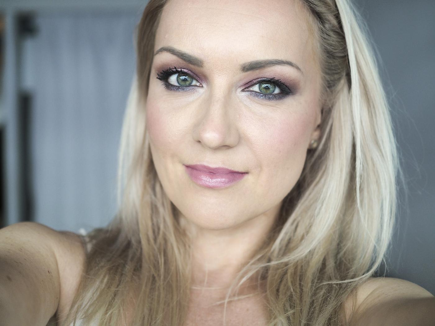 green eyes makeupuusi1.jpg