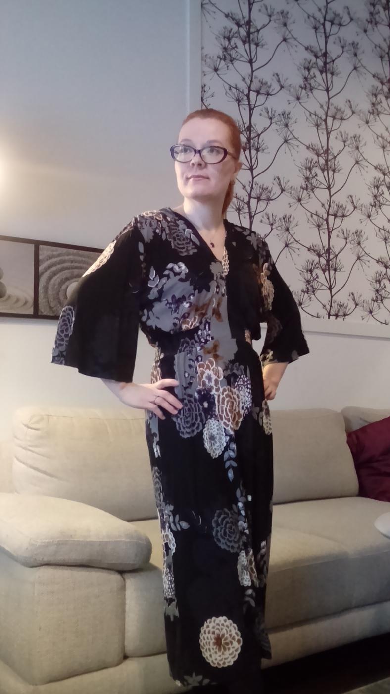 kimono 3.jpg