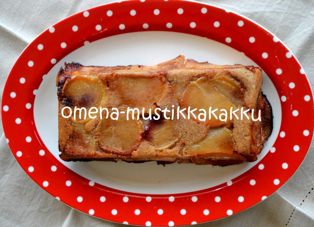 Ihana Sunnuntai – Omena-mustikkakakku sekä oikeasti hyvä chiapuuro ja tomaattimehu!