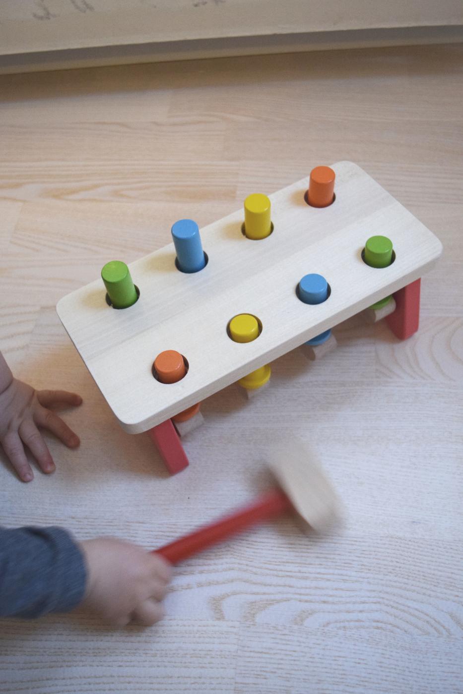 vauva leikkii4.jpg