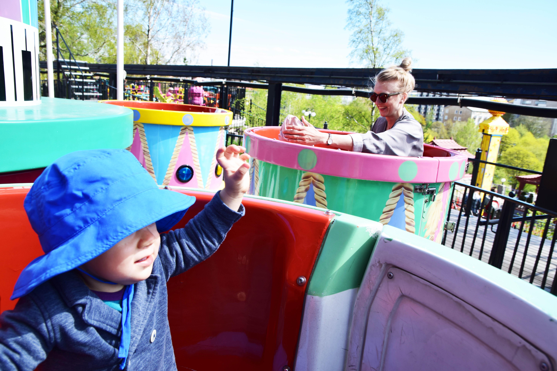 Huvipuistoon!!! (Putinin jalanjäljissä)