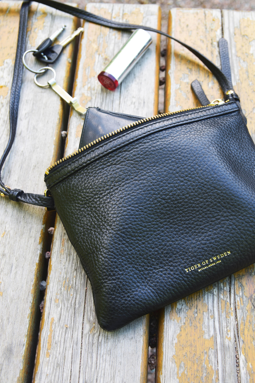 käsilaukku ja avaimet.jpg