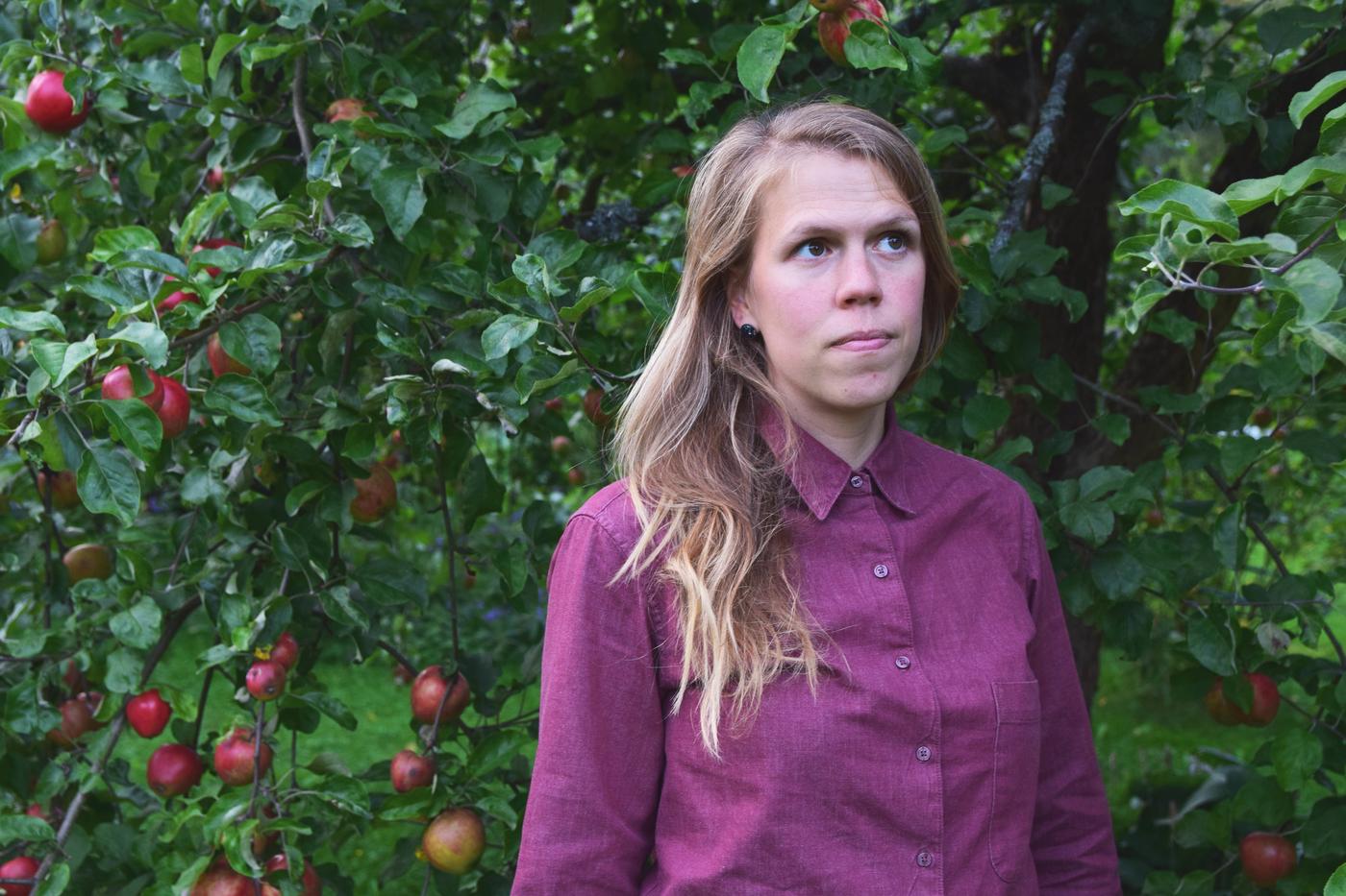 omenapuiden alla5.jpg