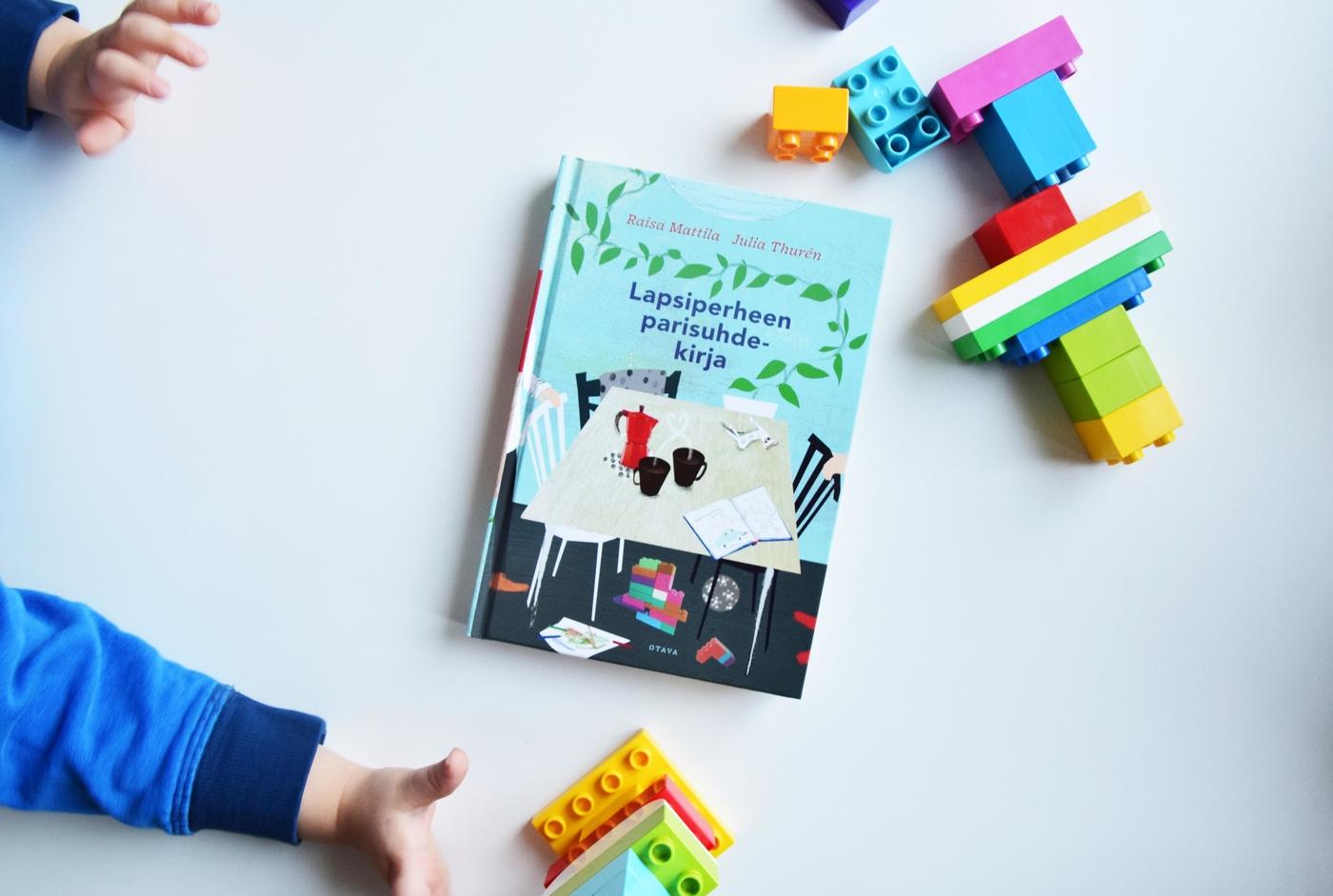 Vihdoin painosta: Lapsiperheen parisuhdekirja