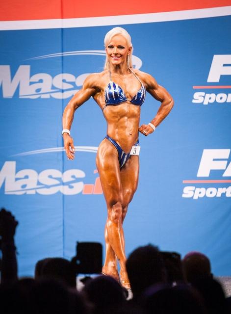 Blogivieraana upea Hanna Autti – body fitnessiä ja perhe-elämää