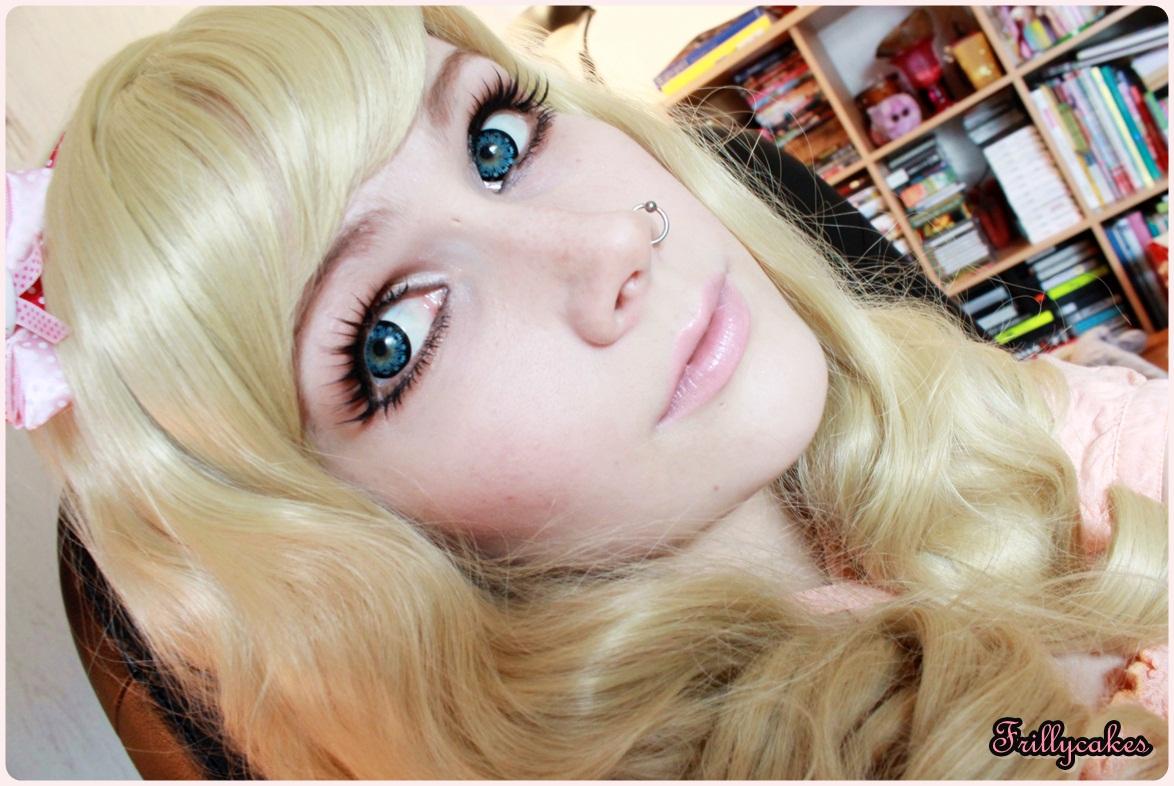 Suuret siniset silmät