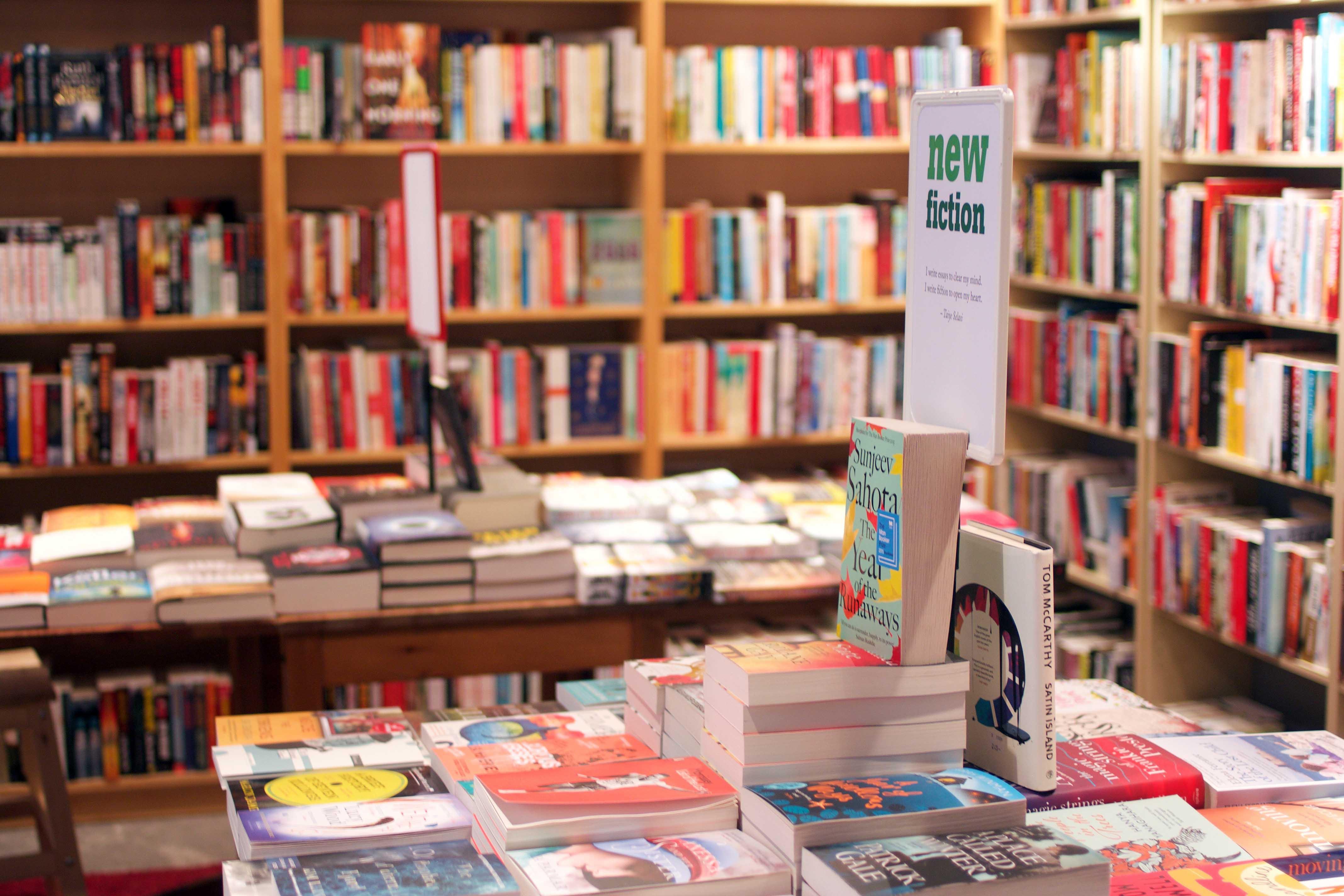 english_bookshop_2.jpg