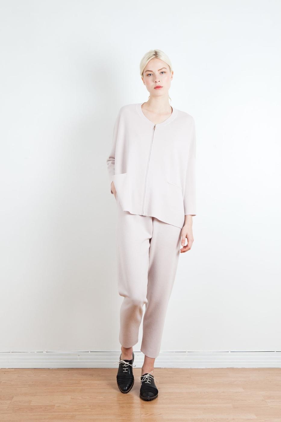 Arela_AW15_Helke_merino_jacket_Mille_trousers_Vienna_Pink_FP.jpg
