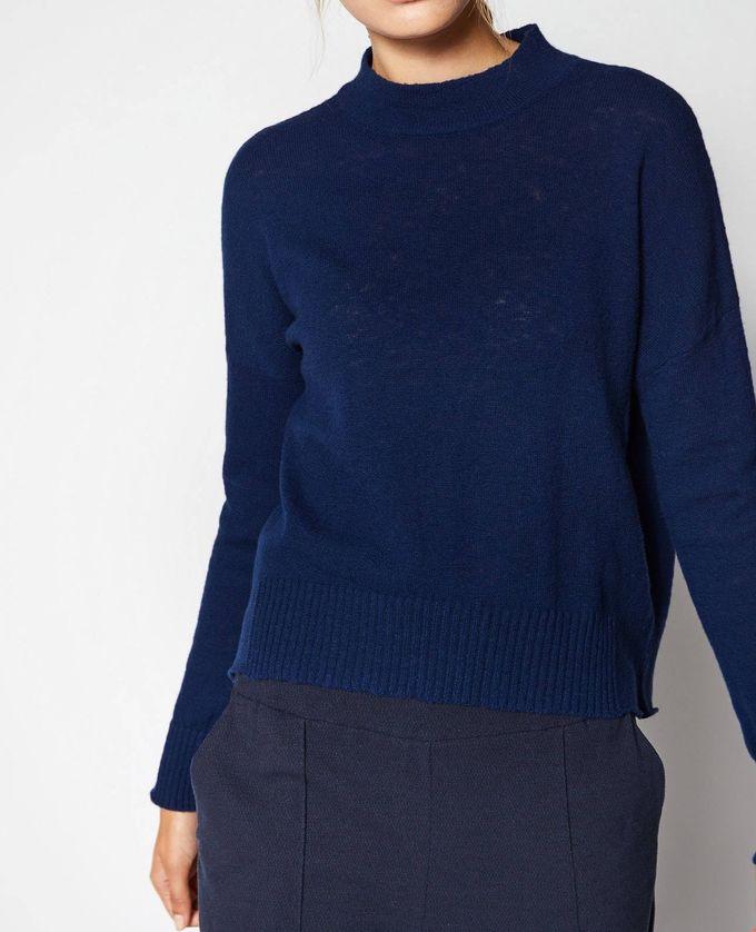 blue_knit_wool.jpg