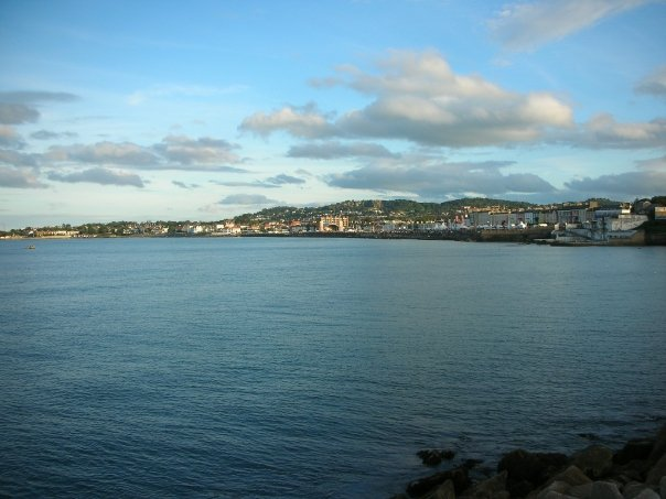 dun_laoghaire_sandycove_from_west_pier.jpg