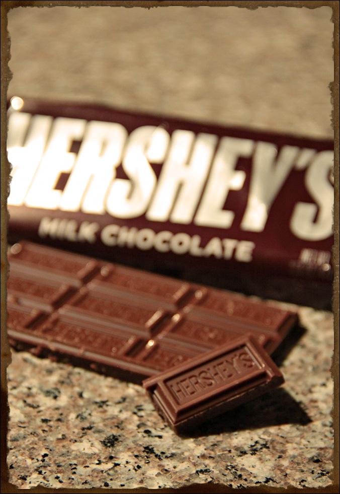 Jenkki valmistaa suklaata