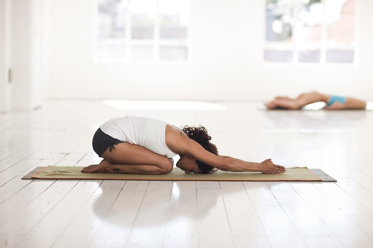 yoga-2959214_1280.jpg