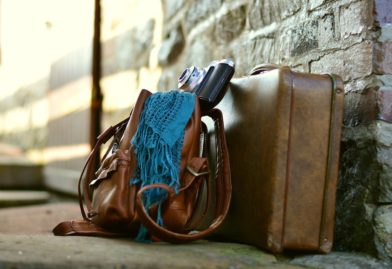 Miniaskelin kohti minimalismia: Elämä matkalaukussa