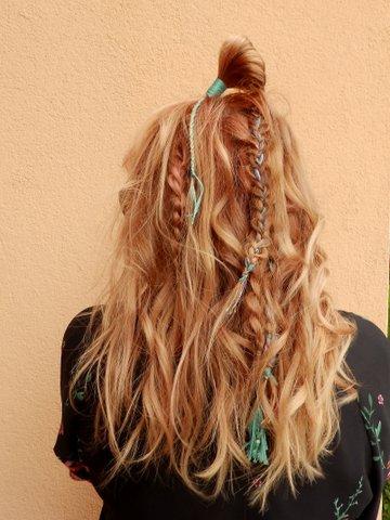 happy hippy hair here