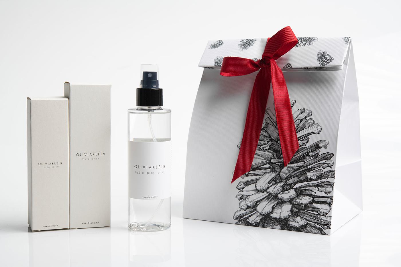 Olivia-Klein-Christmas-Gift-Bag-White.jpg