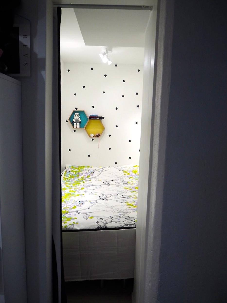Toivepostaus: Vaatehuoneen muuttaminen makuualkoviksi