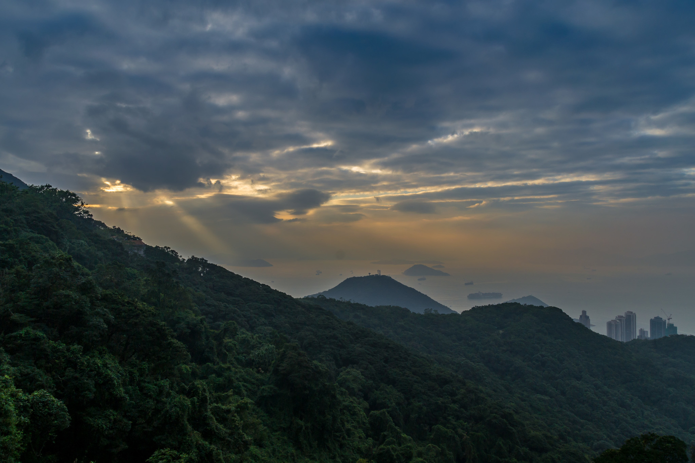 victoria-peak-auringonlasku.jpg
