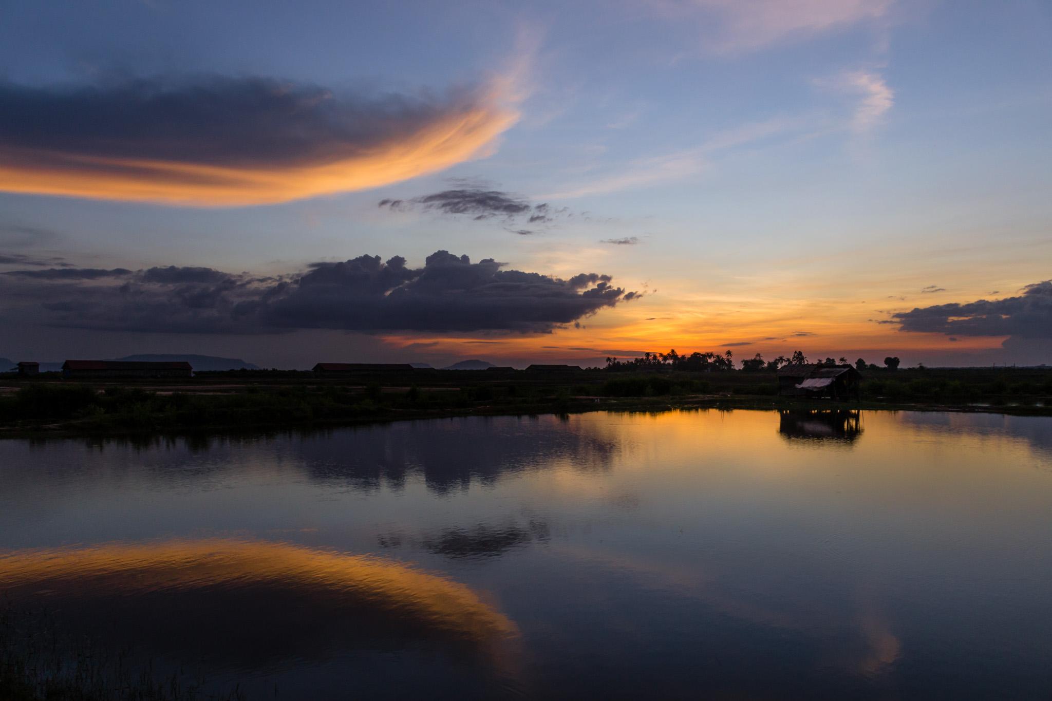 Auringonlasku Kampotissa