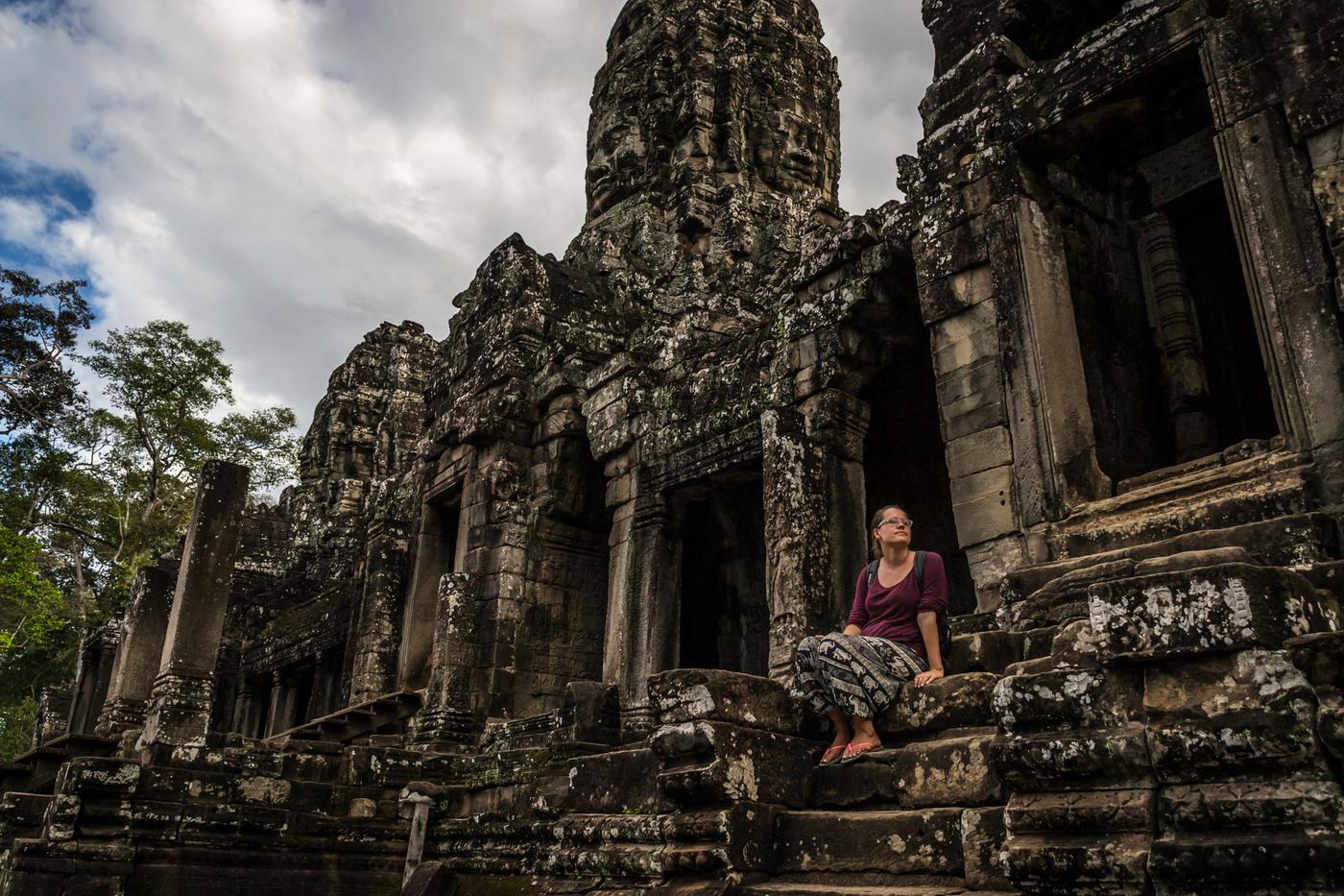 Bayon-Angkor-Thom-ella.jpg