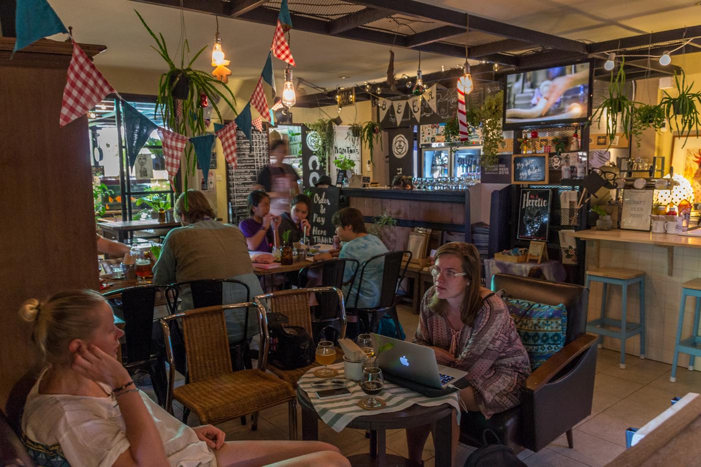 Namtons house bar Chiang Mai-21.jpg