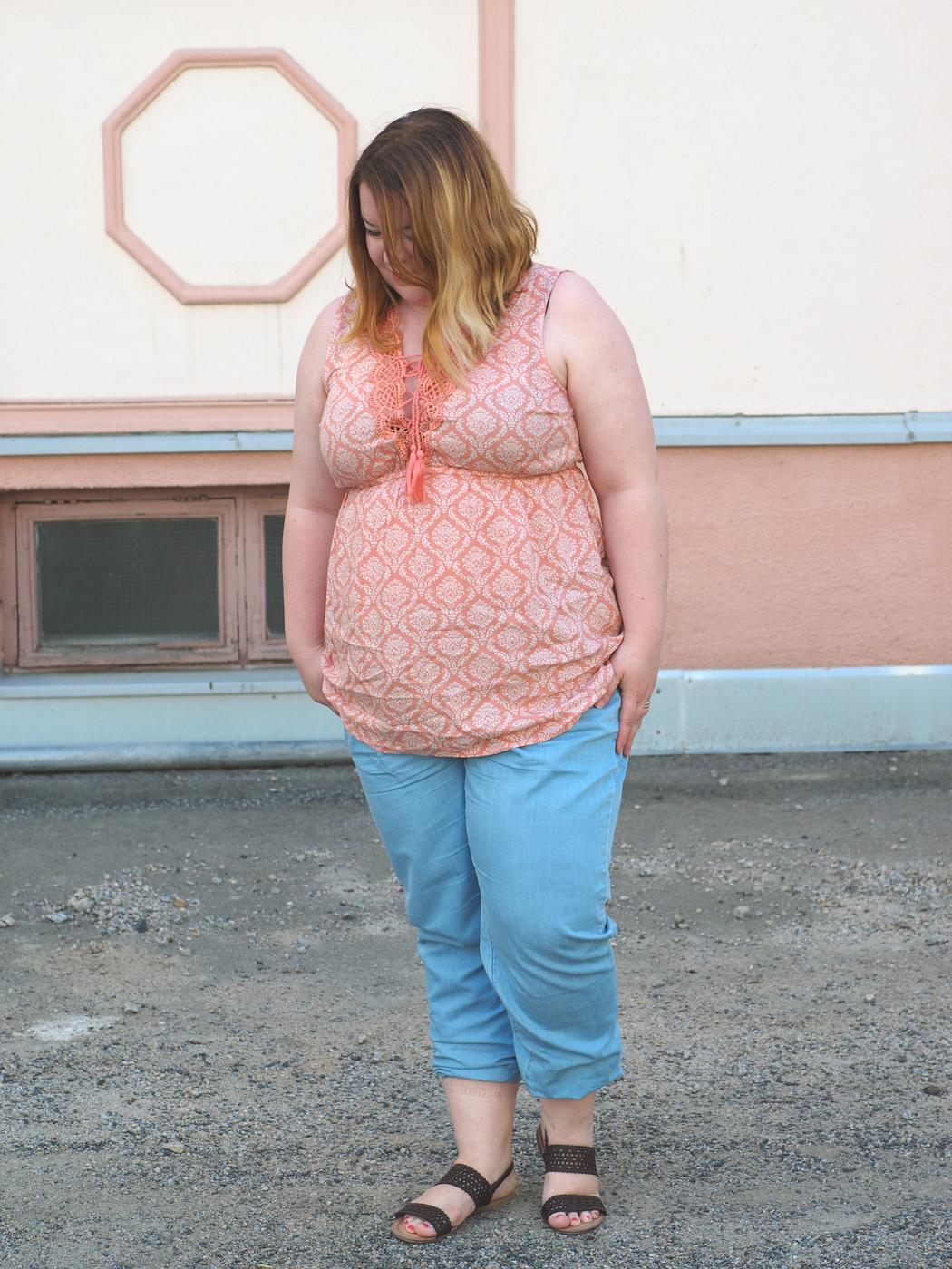 Mistä suomalainen nainen oikeasti ostaa vaatteensa?
