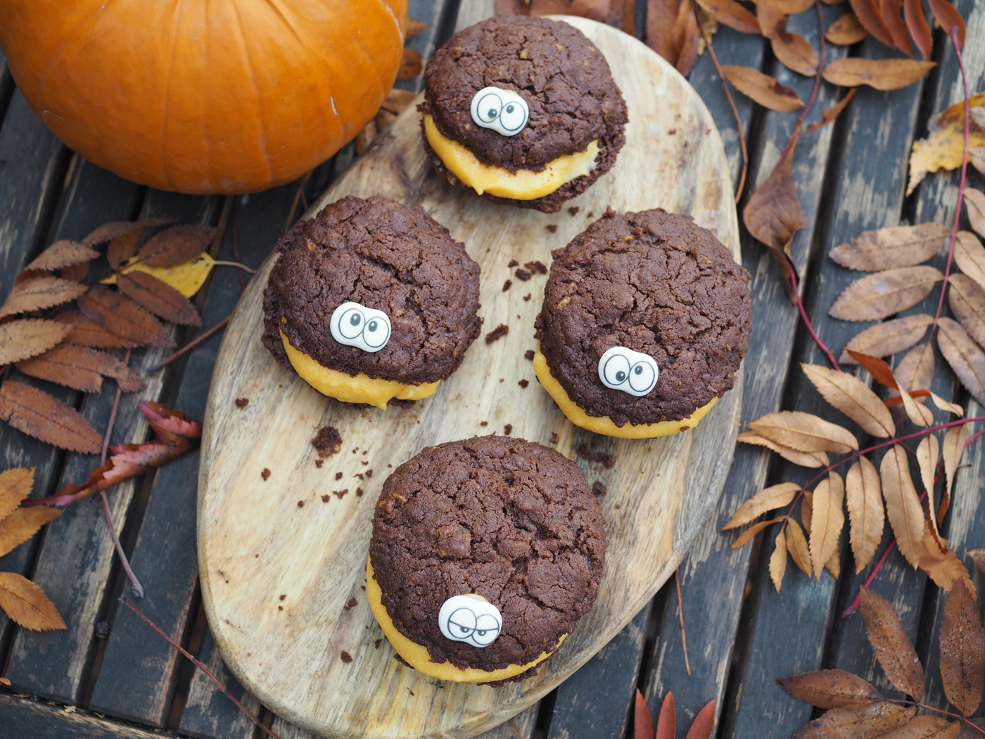 halloween chocolate cookie.jpg