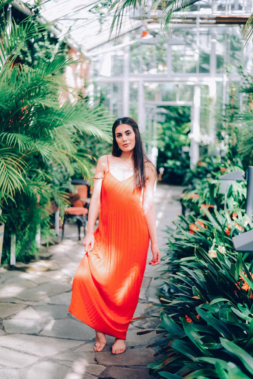 orangedress-11.jpg