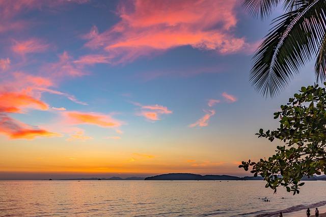 sunset-3136566_640.jpg