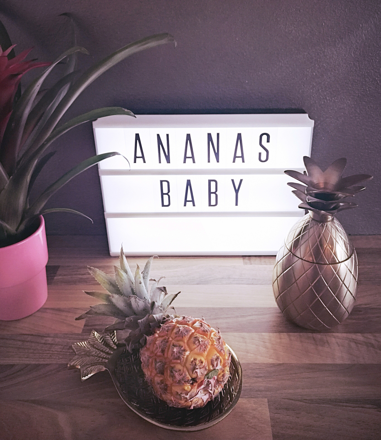 Pineapple, baby