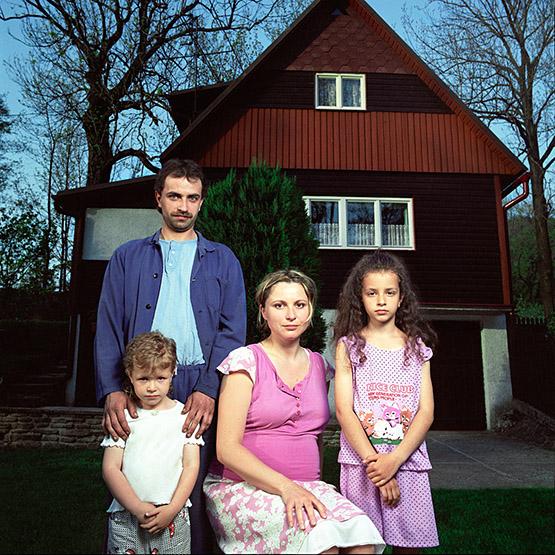 2003-sara-roman-kikina.jpg