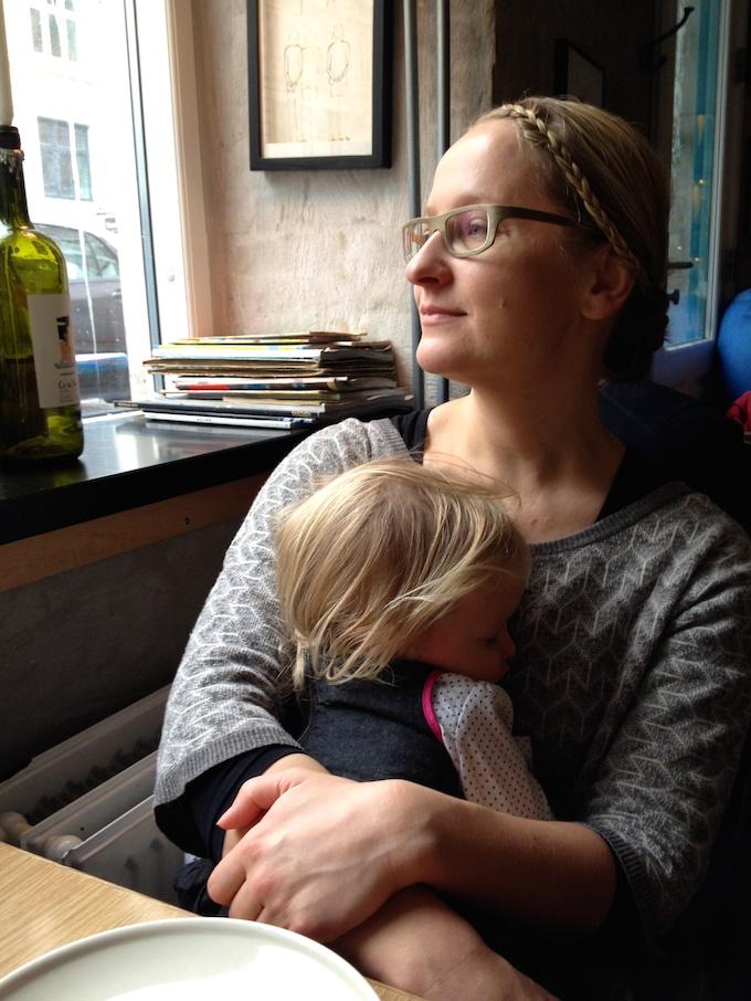 Äiti ja tytär.jpg