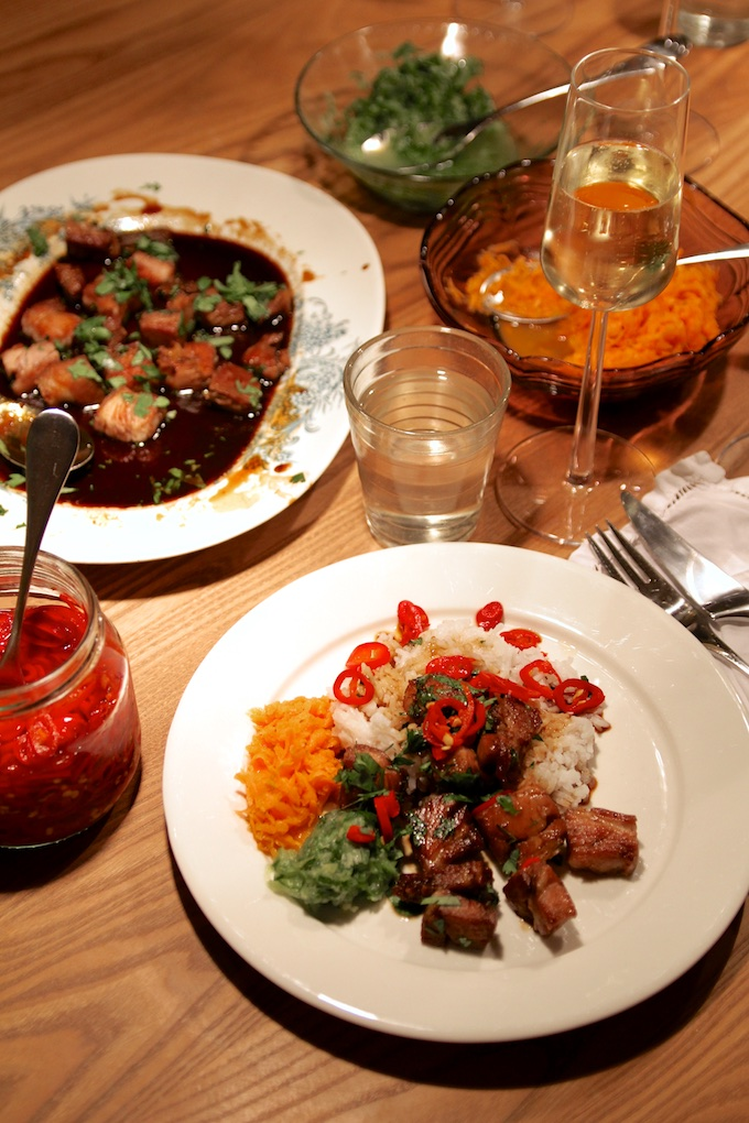 Itämainen illallinen Farangin tyyliin