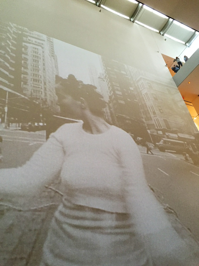 Tädillä on kylmä – eli Björk MoMA:ssa