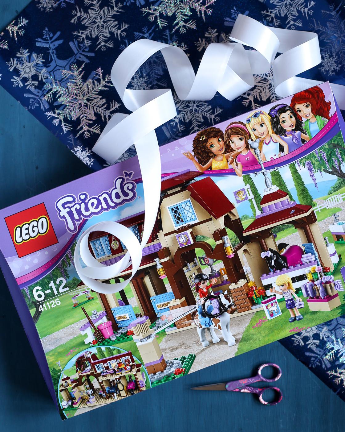 Legoja joulun odotukseen ja pukinkonttiin (+arvonta!)