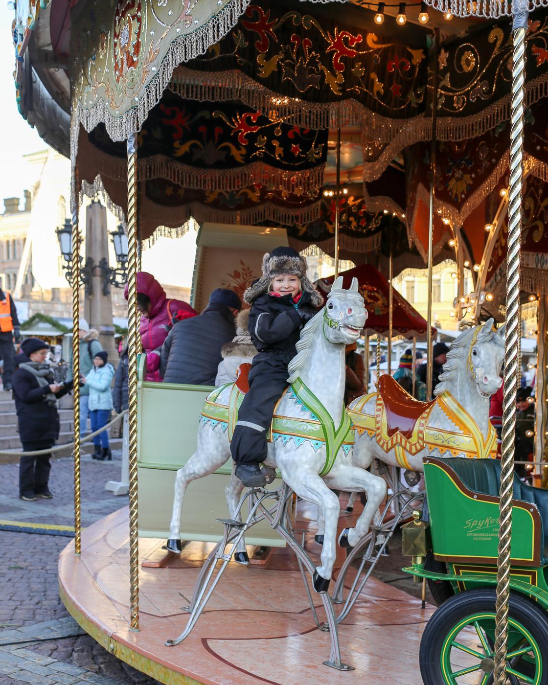 Joulukaruselli ja Tuomaan markkinat
