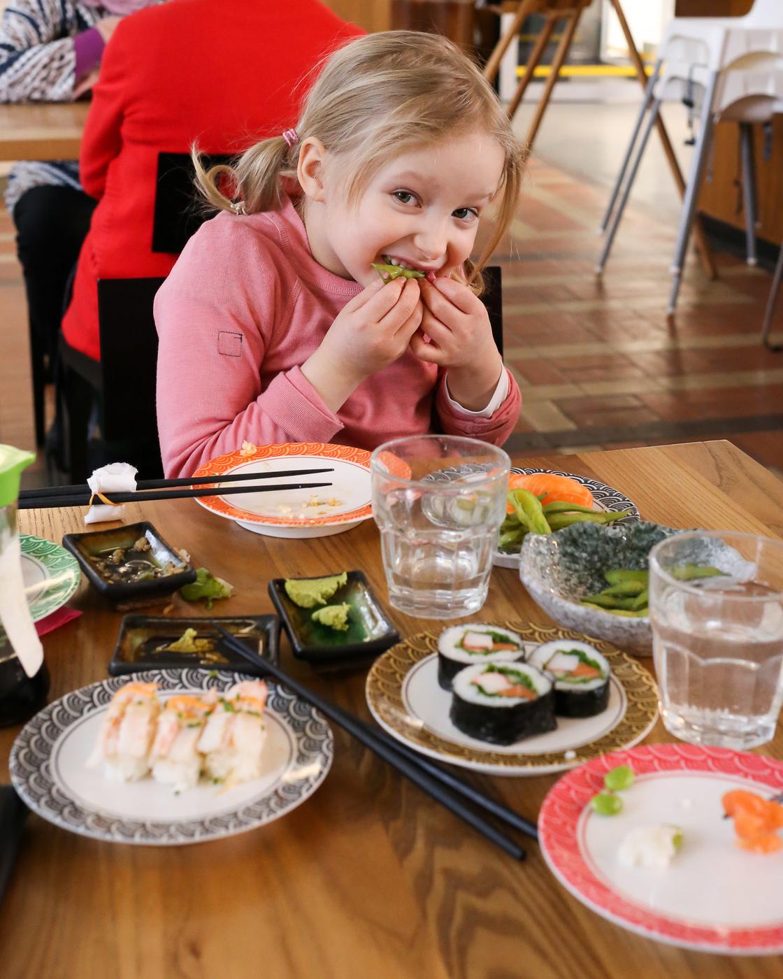 Mashiro Postitalo - Sushi - 04.jpg