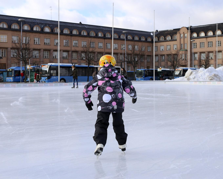 Jääpuisto Helsinki Rautatientori - 04.jpg