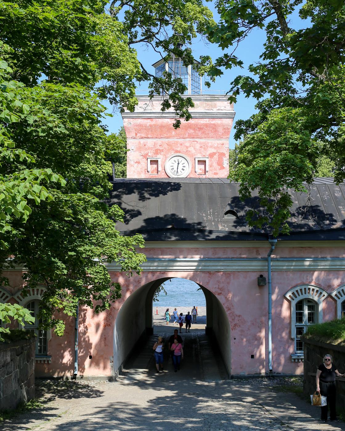 Suomenlinna-Helsinki-3.jpg