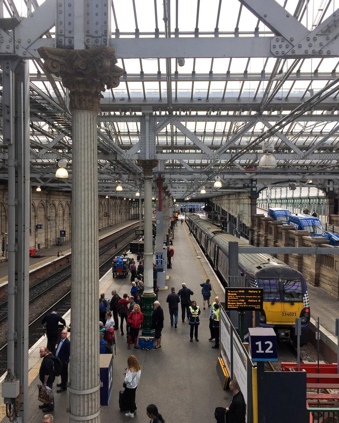 Edinburgh - Skotlanti-10.jpg