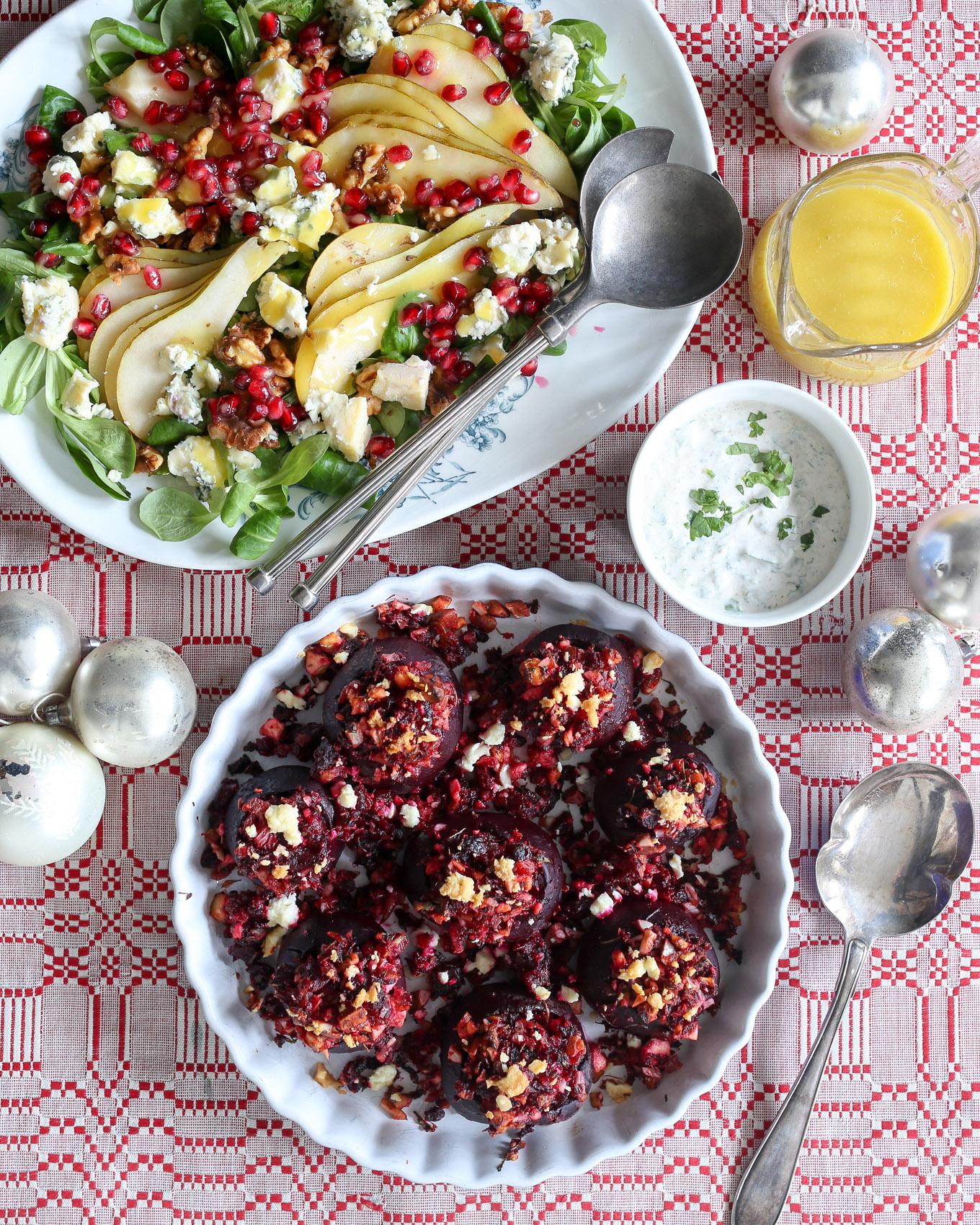 Herkkuja Herkusta: Täytetyt punajuuret ja päärynä-homejuustosalaatti