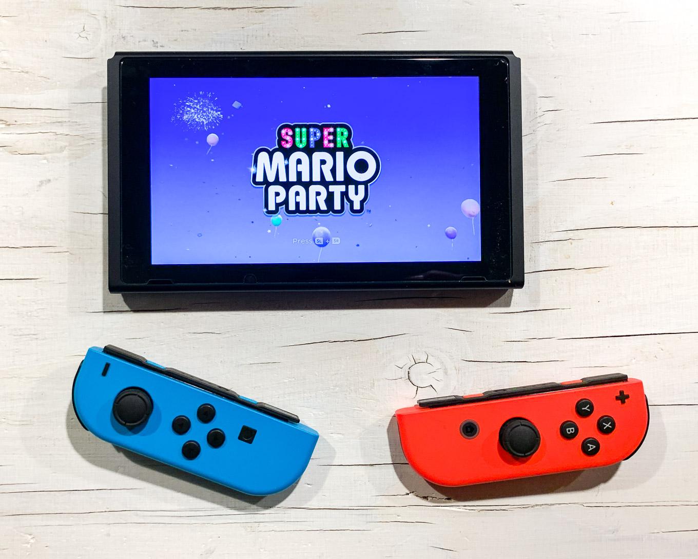 Nintendo Switch-3.jpg