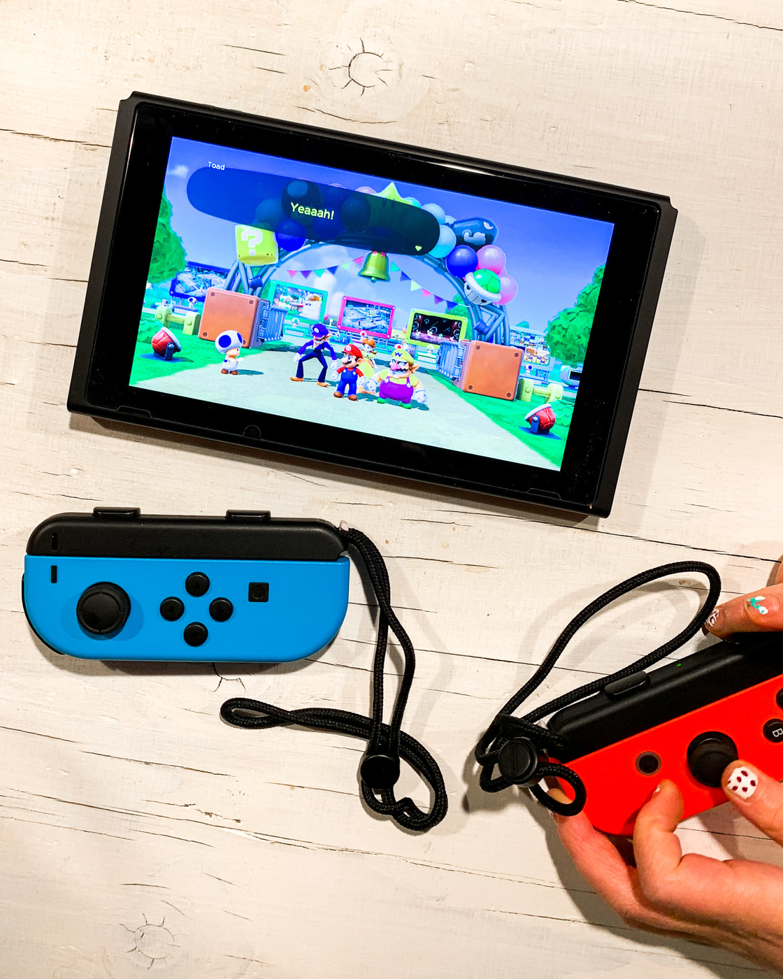Nintendo Switch-4.jpg